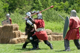 Meuric vs Sir Arron at 2012 Trillium War